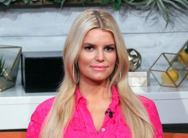 Jessica Simpson Keeps the Weight Off This Way
