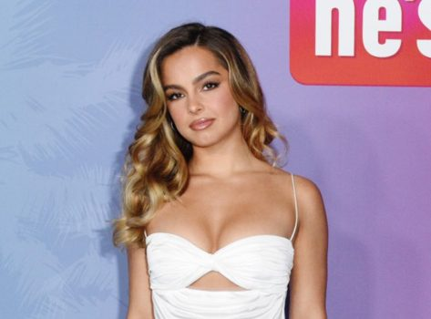 Addison Rae in Bathing Suit Shows Off Curves From Mexico